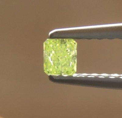 画像1: 裸石 Fancy Intense Yellow Green 0.125ct SI-2 CGL  ソーティング付き